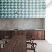Houndstooth 2 (Small)